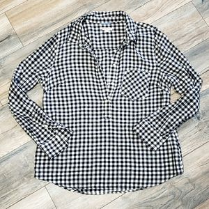 Black and white checkerboard gingham pull over